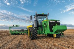 Legendary John Deere 8R/8RT Tractors get numerous 2019 updates
